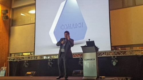 Marcin Kosciak showcases Comarch Beacon to the crowd at Comarch User Group 2014